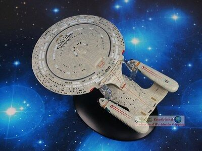Eaglemoss STAR TREK USS Enterprise NCC-1701-D Diecast Metal Model Starship A611