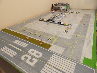 Regional Airport 1/400 Model Airport Foil/Apron 620 x 1189mm. Boeing/Airbus