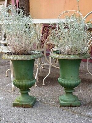 Pair of green cast-iron Medici garden urns - French garden urns cast iron