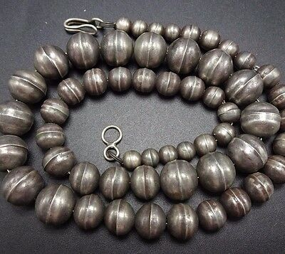 """Vintage NAVAJO Sterling Silver HAND MADE Graduated BEADS 21"""" Strand NECKLACE"""