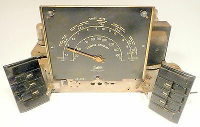 vintage* ZENITH 7S685 RADIO part:  Untested CHASSIS w/ 7 TUBES & GOOD GRAPHIC