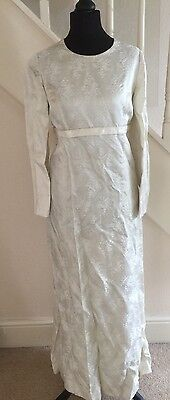 Vintage 1960/70s  Wedding Dress-10-Ivory