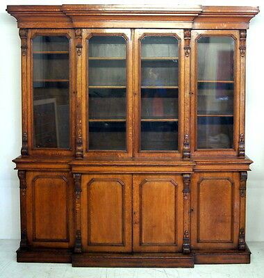 A good Victorian oak 4 door breakfront bookcase