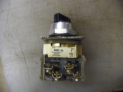 AB/Allen Bradley 800T-H2 Selector Switch  1 Available