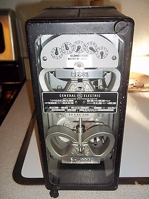 Vintage.General Electric GE type watt-hour test meter