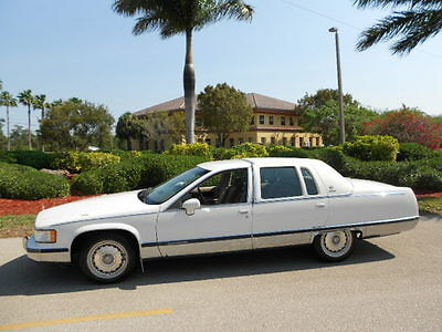 1993 Cadillac Fleetwood BROUGHAM TUNNING 1993 CADILLAC FLEETWOOD BROUGHAM 62,778 MILES! GARAGED WITH RECORDS!