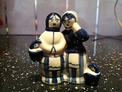 USSR MARKED - BLUE AND WHITE FIGURINES- THE GOSSIPS Ex Condition