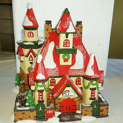 DEPT 56 ROUTE 1, NORTH POLE - HOME OF MR AND MRS CLAUS North Pole Series 56391