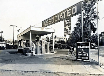 """5x7"""" photo  FLYING A GAS STATION ASSOCIATED 1940'S  FINER FLYING A"""