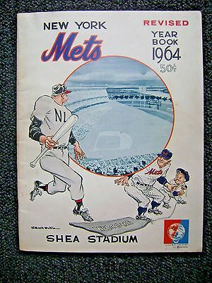 Vintage 1964 New York Mets Official Yearbook Orange Revised UNISPHERE LOGO