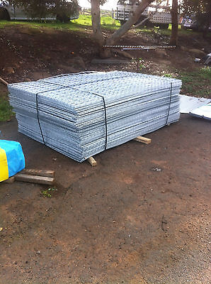 galvanised sheet metal fencing mesh 2000x1200 50x75x4 panels weld wire cage dog