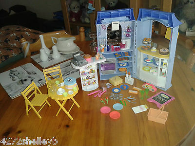 Vintage Barbie Fold-Up Patisserie Tea Shop Cafe With Table,chairs & Accessories