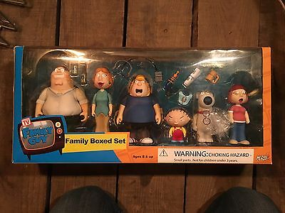 Family Guy Griffin Family Box Set Figures by Mezco 2005