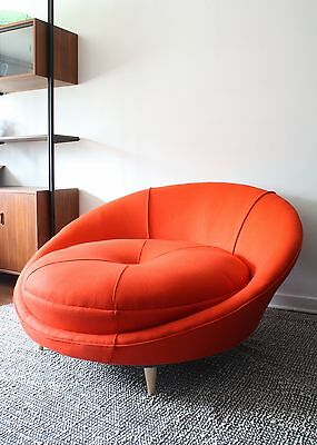 Milo Baughman Large Round Chaise Lounge Mid-Century Modern