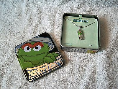 Rare - Sesame Street - Oscar The Grouch - Neclace In Metal Collector's Tin - New