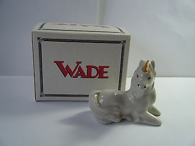 Wade White Unicorn with Gold Horn