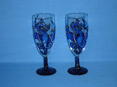 vintage collectable luminarc france decorated blue dragon wine glasses flutes