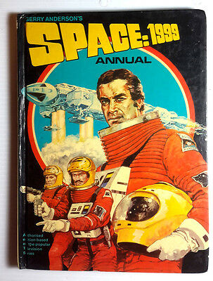 1976 SPACE:1999 British Hardcover Annual- Photos/Articles/ Stories (E-1104)