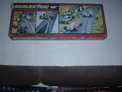 CLASSIC TRACK SCALEXTRIC REF No C.177 GOODWOOD CHICANE SET VG/BOXED