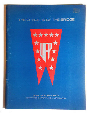 1976 Star Trek Officers of the Bridge Book w Kelly Freas Art Potfolio (E-1113)
