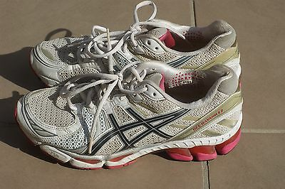 Asics - Gel Kayano 17 Women's Running Shoes Size 10 Sneakers Used