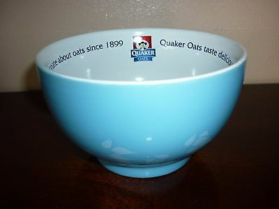 Quaker Oat so Simple cereal Bowl with measure - used