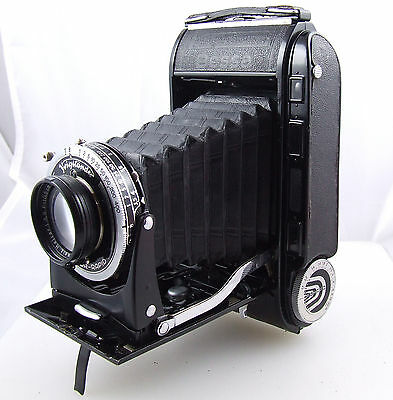 VOIGTLANDER Bessa RF  6x9 RF with HELIAR f/ 3.5  105 mm lens for 120 film