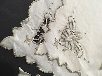 Vintage Cutwork Linen Placemats and Napkins (4 Of Each)