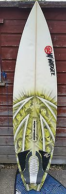 6.3 Surfboard with white fcs fins good 7ft Leash & Animal board Bag
