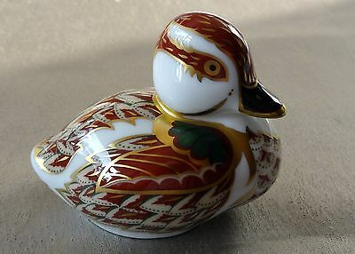 Royal Crown Derby Bakewell Duckling ~ Sinclairs Exclusive, gold stopper