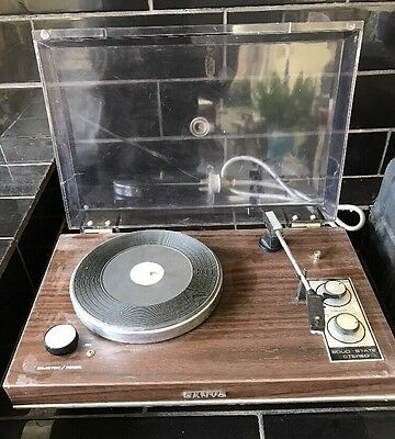 SANYO Solid State Stereo portable Retro Vintage Turntable Record Player