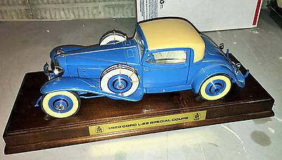 1/16 Scale Diecast 1992 Danbury Mint 1929 Cord L-29 Special Coupe w/Wood Display