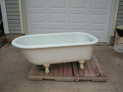 Antique 5' Cast Iron White Porcelain Claw foot Bathtub, nice