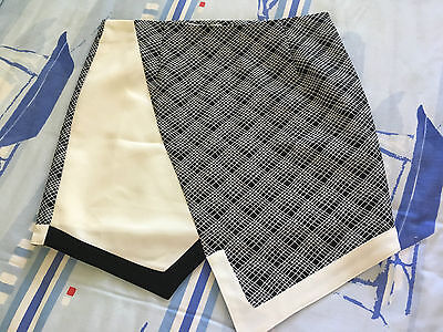 Ladies Skirt By 'shilla' In 'as New' Condition, Black And White