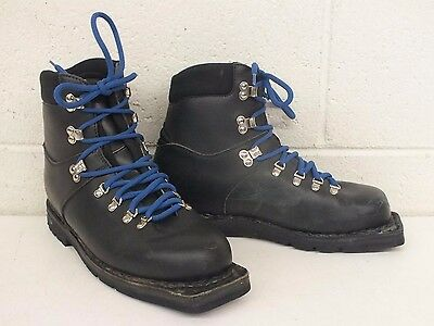 Merrell High-Quality Padded Black Leather 3-Pin Cross Country/Telemark Boots 9
