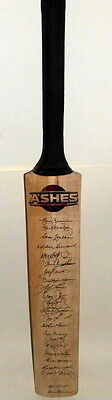 Great Ashes Performances Cricket Bat Signed by 24 Incl Benaud, Border, Brown