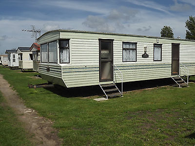Caravan Holiday To Rent / Hire In Norfolk, July August Near Great Yarmouth