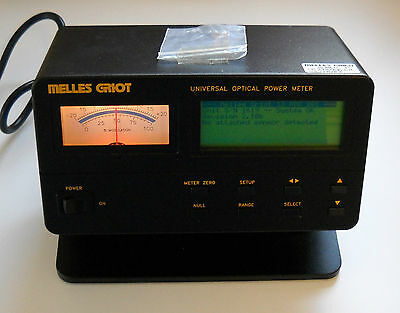 MELLES GRIOT Universal Optical Power Meter & Head 13PDC001 & 13PDH105 Powers Up