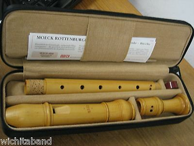"Moeck ""rottenburgh"" Alto Recorder, Clear Golden Boxwood, New New. Model 4304"