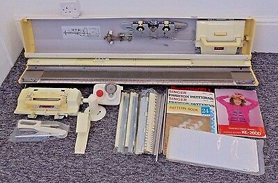 Singer KE-2600 Knitting Machine Punch Card Sewing Craft Needlecraft Used Working