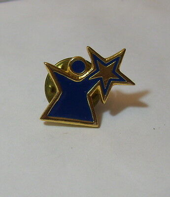 Pin Person Shaped Figure With Star Epinglette Pinback