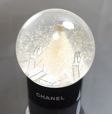 Authentic CHANEL Limited Snow Dome VIP Black Jelly/Plastic #6557