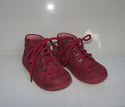 """Chaussures enfant cuir """"KICKERS"""" point 23"""