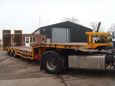 2011 King GTS44,14,4m tri axle low loader plant trailer, out riggers,winch