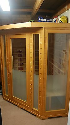 6-Person Infrared Sauna with radio and CD player