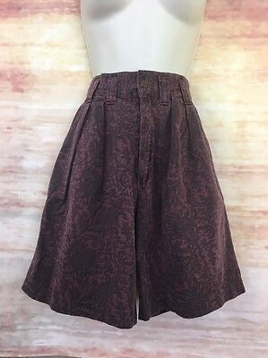 Vintage 80s PALMETTOS Shorts Womens 2/3 Red Black Paisley Pleated High Waist Mom