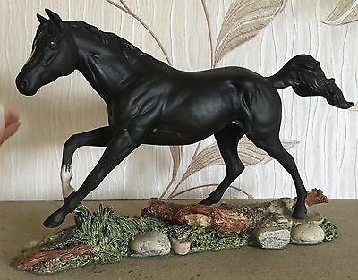 ROYAL DOULTON HORSE PONY BLACK BESS MODEL No DA 179 BLACK NATURALISTIC BASE VGC