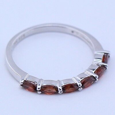 Sterling Silver | Oval-Cut Faceted Garnet Band 1.5g | Ring (7) LI0273