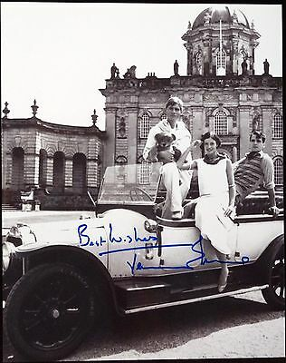JEREMY IRONS Autographed Signed 8 x 10 Photo Guaranteed Authentic !