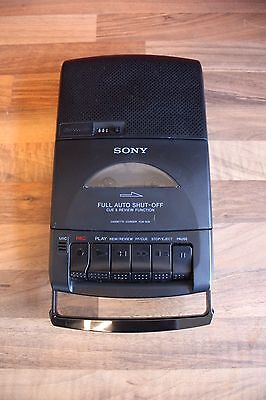 Sony TCM-939 Portable Cassette Player/Recorder